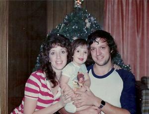 Mom court and Dad Christmas 1982?